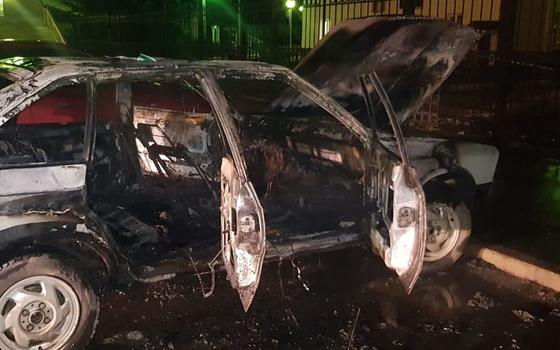 Автомобиль загорелся на вокзале в Гагарине