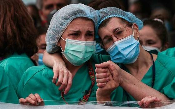 Число смертей от коронавируса продолжает расти в Смоленской области