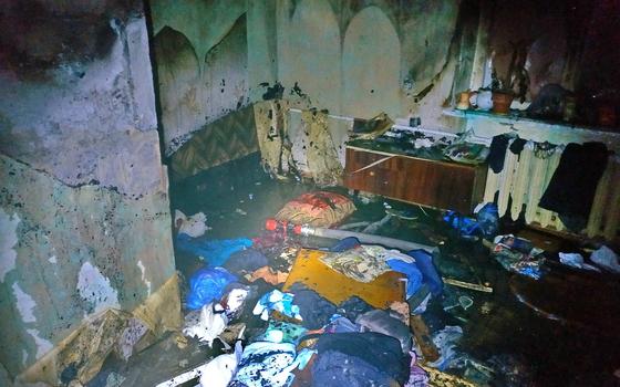 В смоленском поселке Стодолище в квартире загорелась кухня
