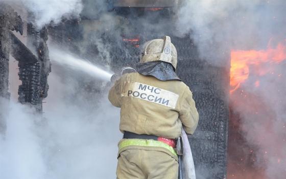 Двух женщин спасли из пожара в Смоленске