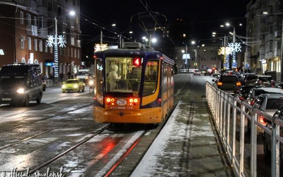 В Смоленске на улице Николаева возобновили движение транспорта