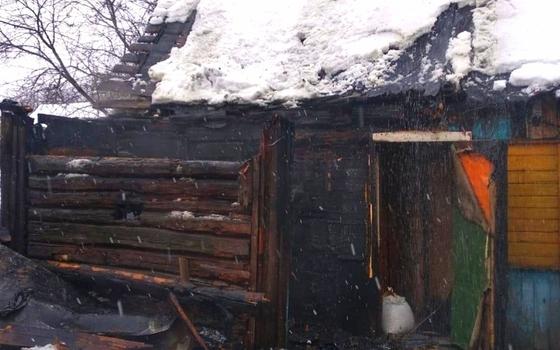 В Вязьме загорелась баня