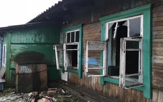 Женщина умерла в пожаре в деревне Троица