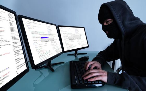 19-летнего смолянина обманул интернет-мошенник