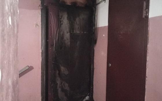 Бдительные соседи самостоятельно справились с пожаром в Ярцеве