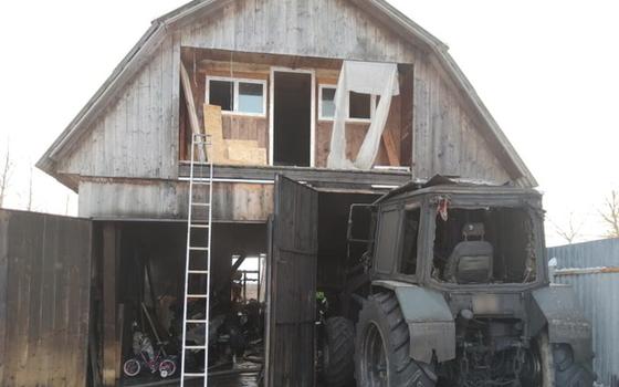 Огонь повредил имущество у жителя смоленского поселка