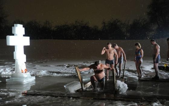 Смолян просят отказаться от купаний в прорубях