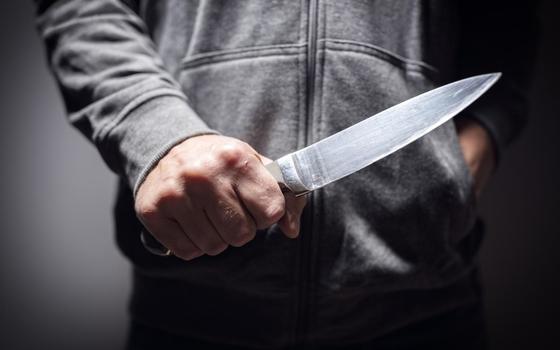 Сосед с ножом угрожал смолянину расправой