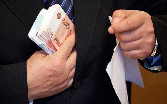 В Смоленской области посчитали средний размер взятки