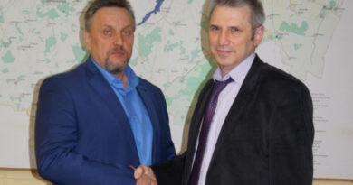 Главой Монастырщинского района стал Виктор Титов