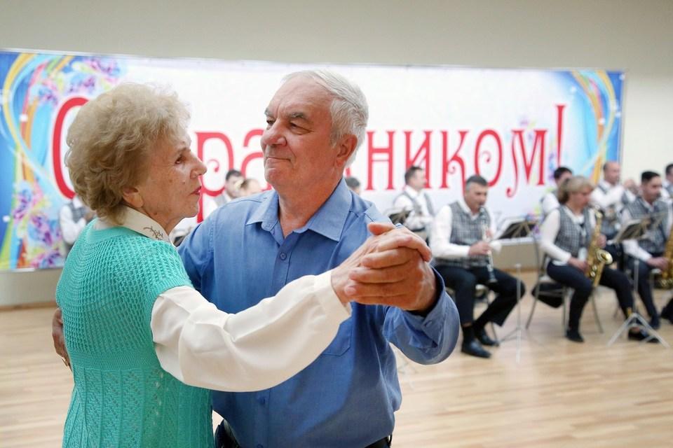 В Смоленской области создадут клубы для пенсионеров
