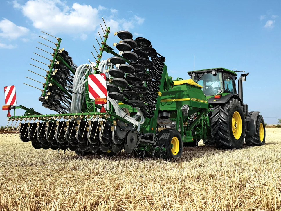 Смоленские аграрии стали чаще обновлять сельскохозяйственную технику